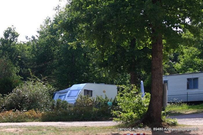 Camping_Au_bois_joli_Andryes_Bourgogne (5)