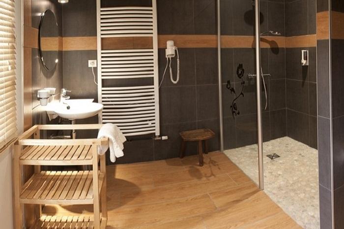 Salle de bain chambre d'hôtes Family Ecolodge