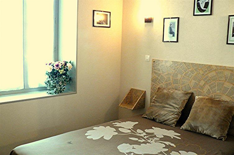 chambre_colette_mille_et_une_feuille_la_charite_sur_loire