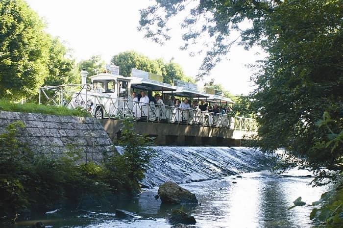 Petit_train_de_Briare_Loiret_Centre_Val_de_Loire (1)