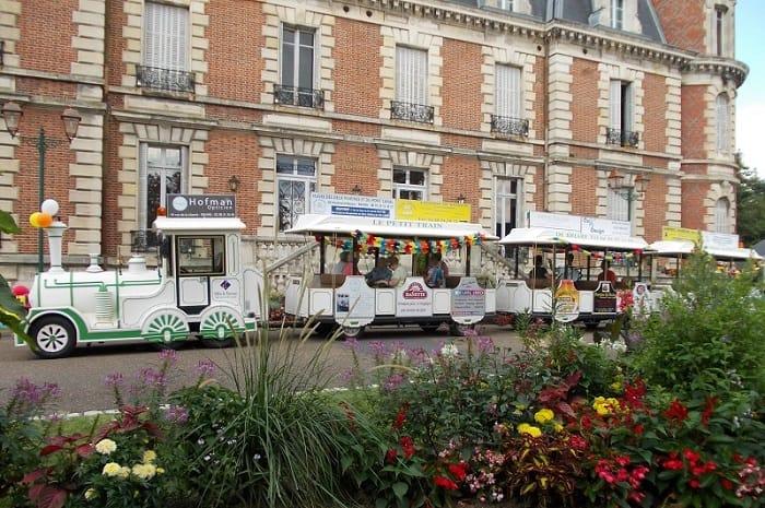 Petit_train_de_Briare_Loiret_Centre_Val_de_Loire (2)