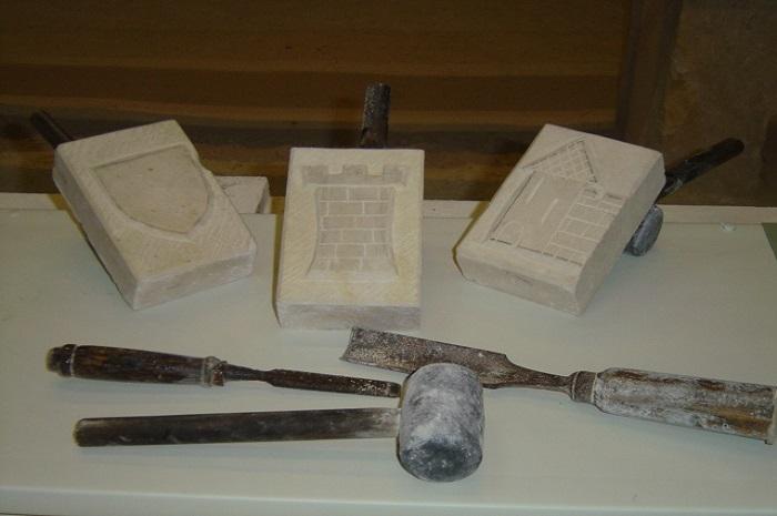 Taille de pierre, Carrière d'Aubigny, Bourgogne Franche-Comté, Taingyn Yonne