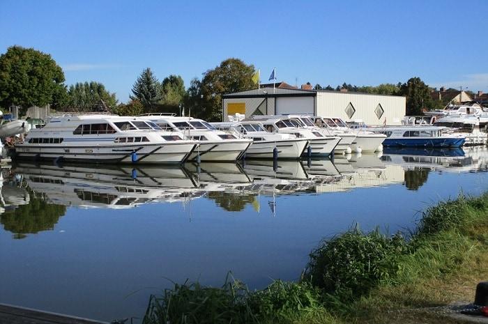 Bateaux amarrés, Charmes Nautiques, Bourgogne Franche-Comté, Briare, Loiret