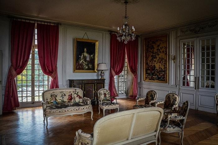 Pièce intérieure du château de Saint-Brisson, Bourgogne Franche-Comté, Loiret