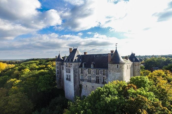 Château de Saint-Brisson, Bourgogne Franche-Comté, Loiret