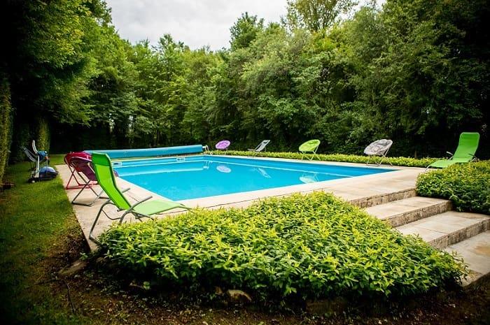 Gite le creau en bourgogne buissonni re proche de gu delon for Bourgogne gite avec piscine