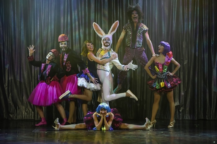 Cabaret_la_Ruche_Gourmande_dans_l-yonne_en_Bourgogne_deux_heures_de_Paris (3)