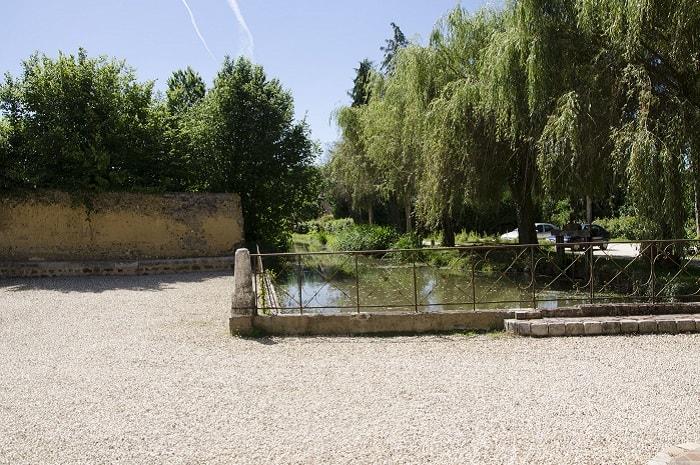 Chambres d'hôtes Le Moulin de Corneil vue sur l'exterieur