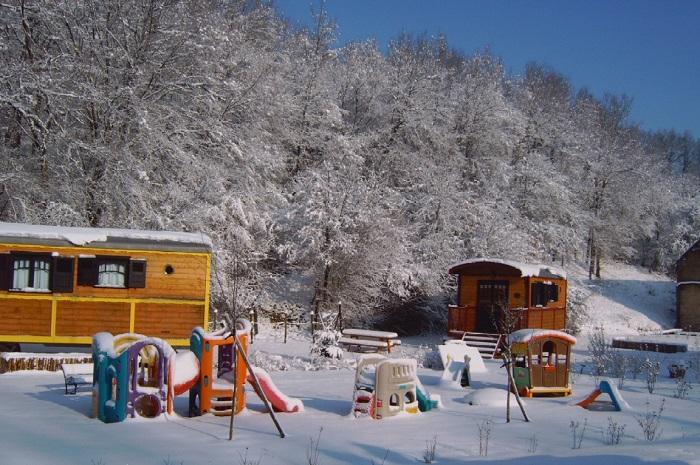 Roulottes_de_Maufront_sous_la_neige