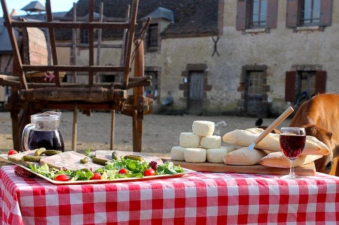 La_ferme_du_chateau_à_saint-fargeau_yonne_bourgogne (9)
