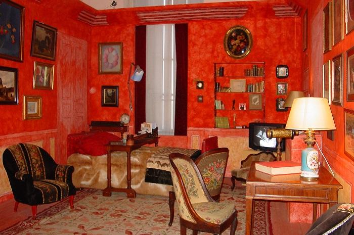 CREDITS OBLIGATOIRE Musée Colette, Saint-Sauveur-en-Puisaye - Muséographie Hélène Mugot