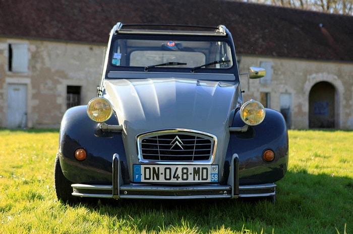 Location_de_2cv_en_Bourgogne_buissonniere-2