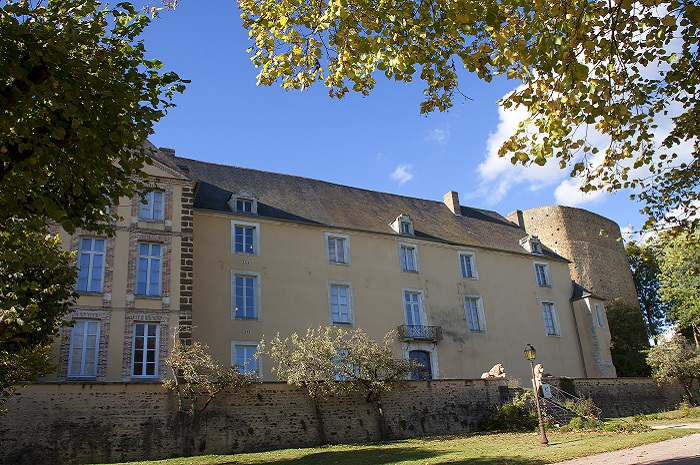 Musee_Colette_Saint-Sauveur-en-Puisaye