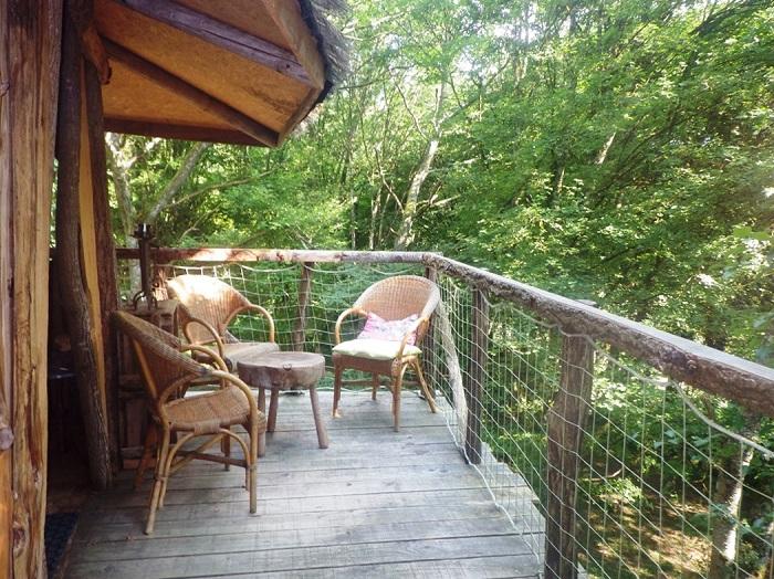 cabane chambre d'hôte terrasse