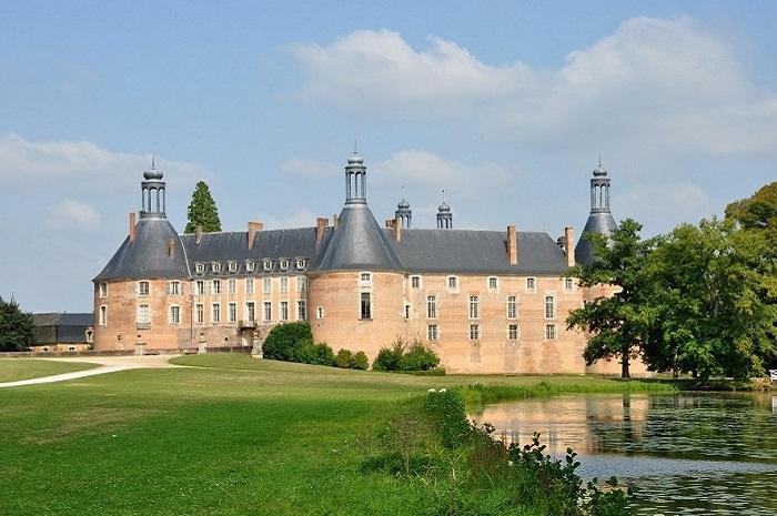 Chateau de Saint-Fargeau dans l'Yonne