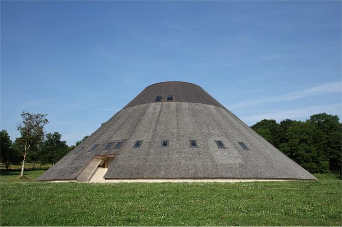 La Pyramide du Loup à Toucy