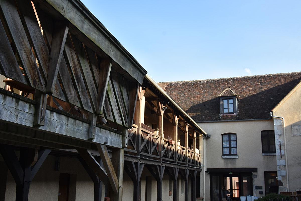 Hôtel-le-Relais-du-Château-près-de-Guédelon